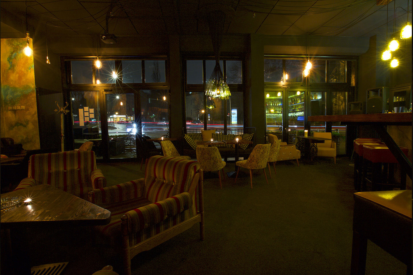 mowo bar cocktailbar shisha bar im herzen berlins. Black Bedroom Furniture Sets. Home Design Ideas